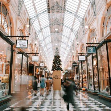 El consumismo: causas y soluciones